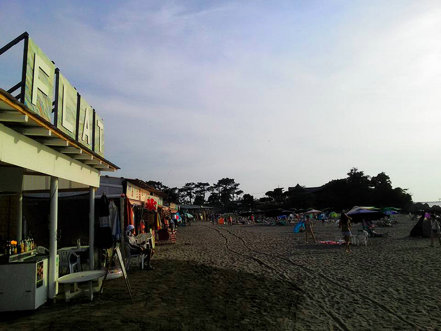 葉山 森戸海岸 海の家 FLAT