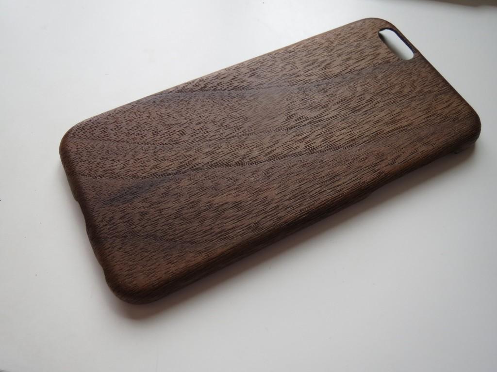 PITAKA iPhoneケース 黒くるみ